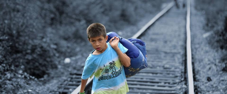 Jung, geflüchtet, gefährdet – Jugendliche und junge Erwachsene auf dem Weg nach Europa