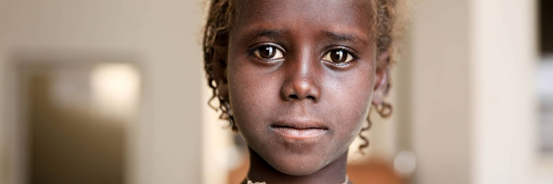 Une fille sauvée grâce aux donateurs UNICEF
