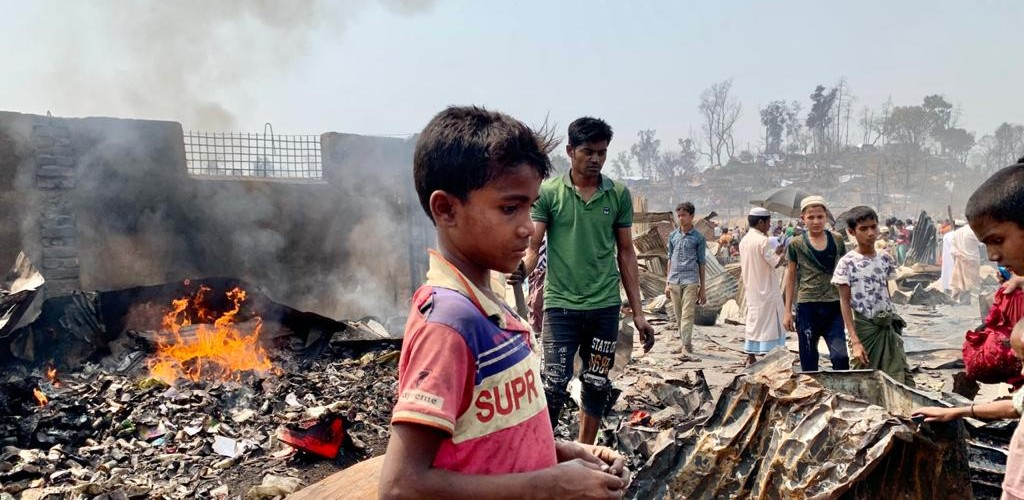 Devastating fire displaces thousands in Rohingya refugee camps